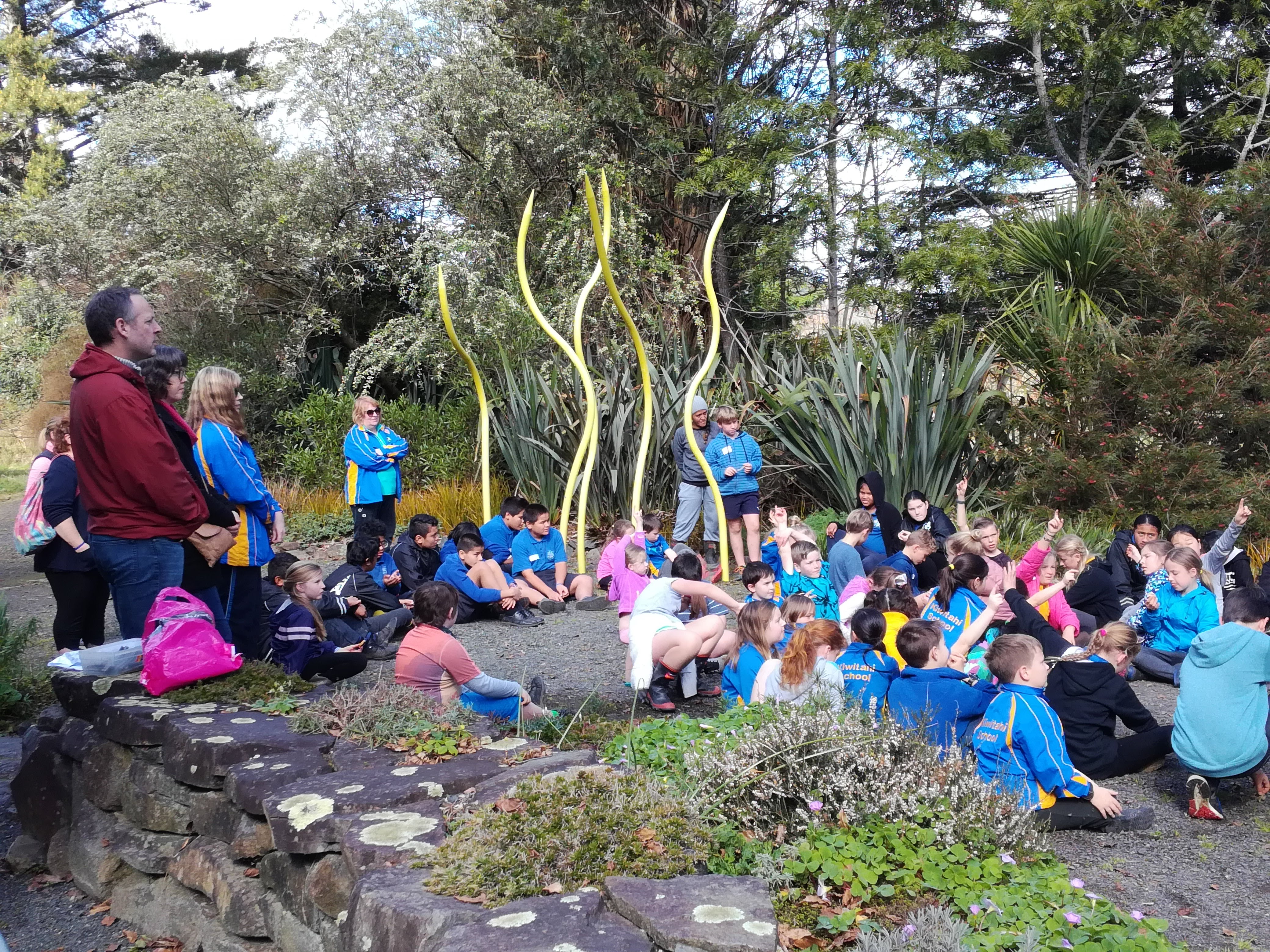 Exploring the outdoors through art | Waikato Enviroschools